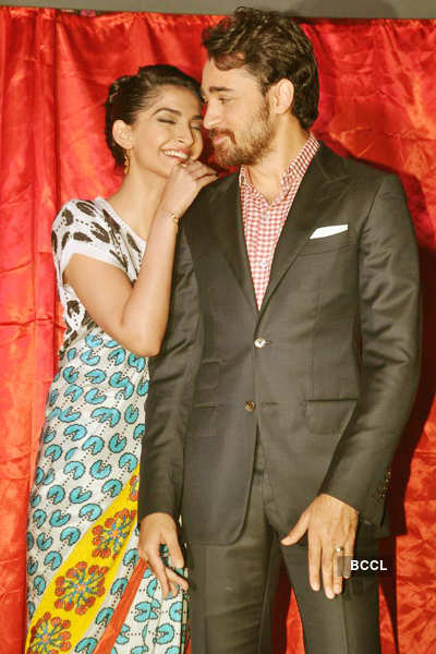 Imran, Sonam @ mag. launch party
