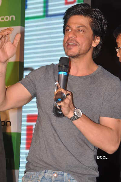 SRK @ DDB Videocon press meet