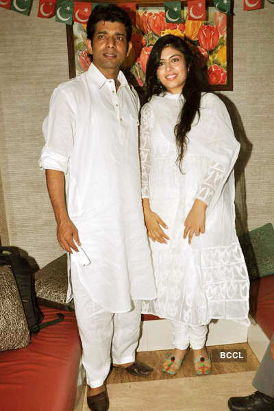 'GoW- 2' team @ Iftar party