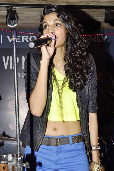 Anushka's live show