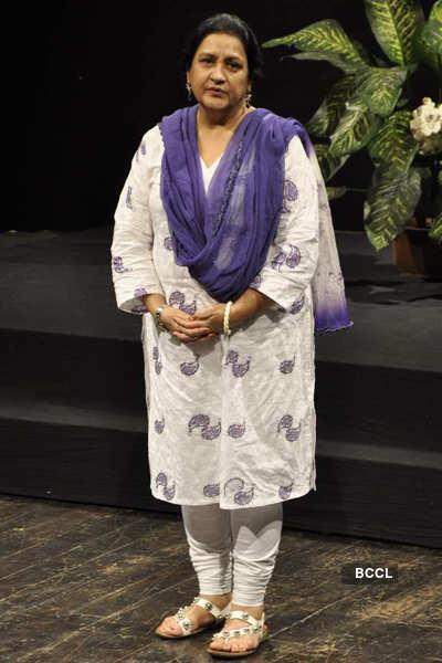 AK Hangal prayer meet