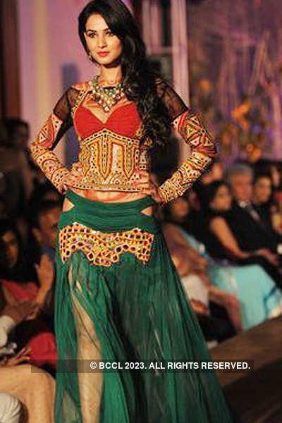 Rina Dhaka's fashion show