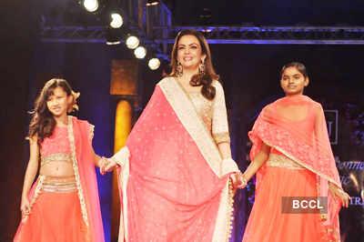 'Mijwan 2012' fashion show