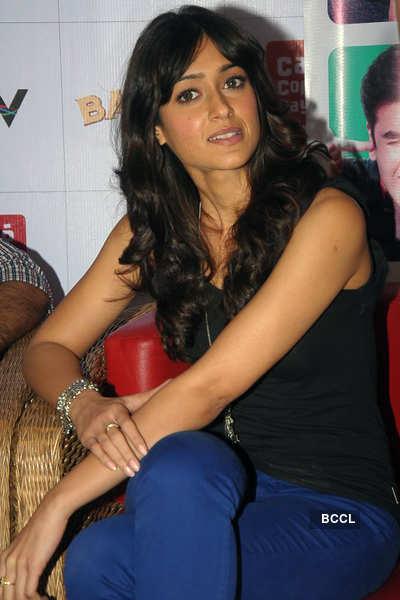 Ranbir, Ileana promote 'Barfi' @ CCD