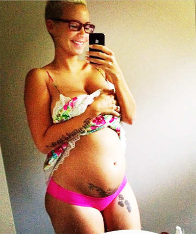 Pregnant Amber Rose