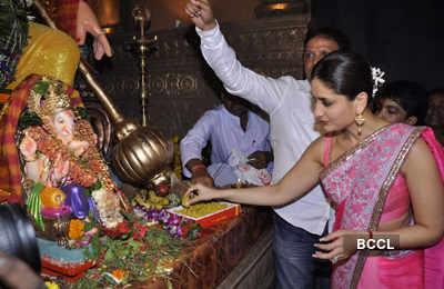Kareena, Madhur @ Ganesh mandal