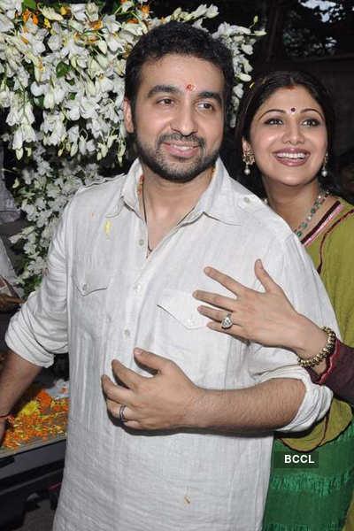 Shilpa and Raj @ Ganesh Visrajan