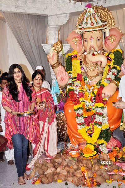 Shilpa @ 'Andheri Cha Raja'