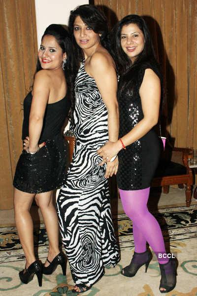 Liza Malik's b'day party