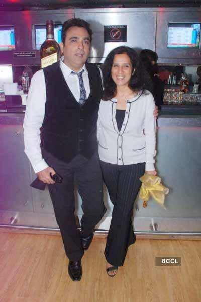 Saahil's wedding anniversary
