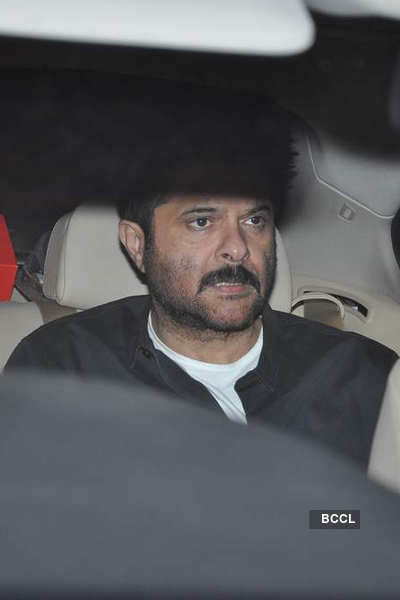 Celebs bid adieu to late Yash Chopra