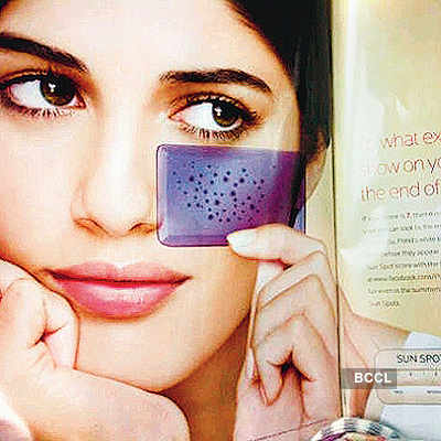 Virat Kohli's mystery girl revealed!