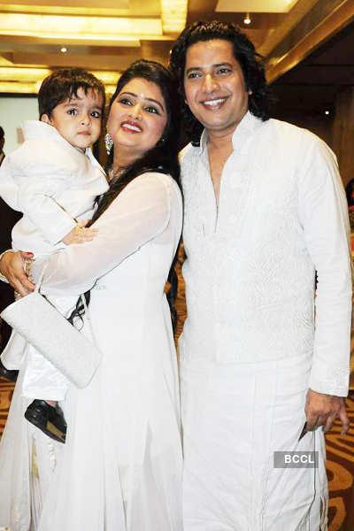 Harish Moyal's wedding anniv. party