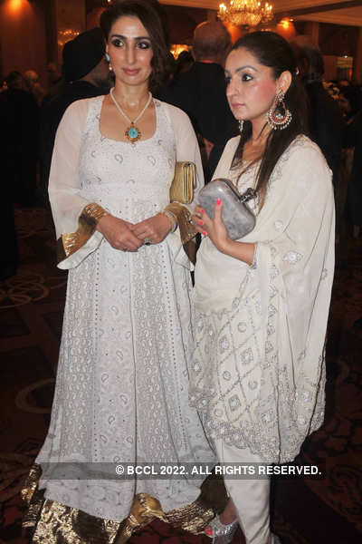 Bharat & Shylashri's wedding reception