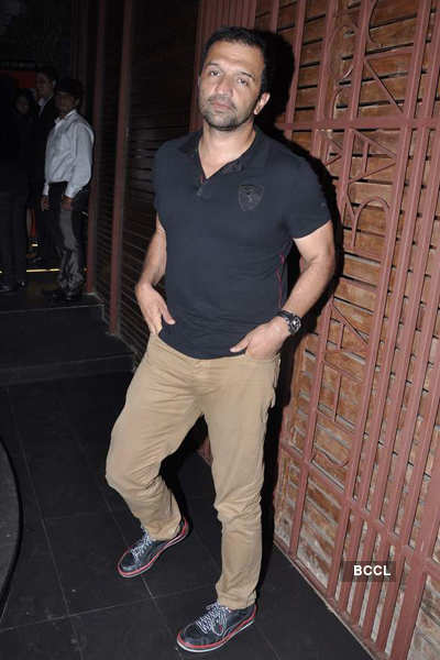 Celebs attend magazine's party