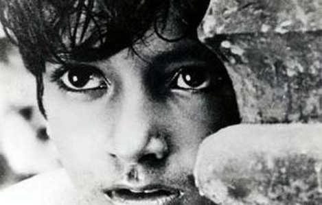 Satyajit Ray's 'Pather Panchali' goes missing from Paris
