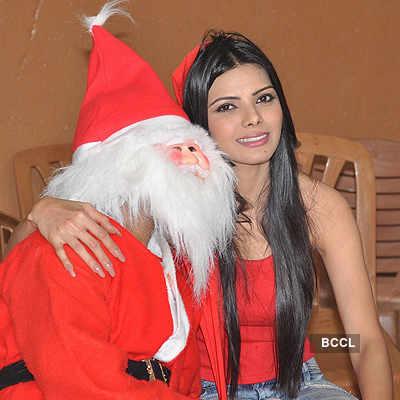 Sherlyn turns Santa