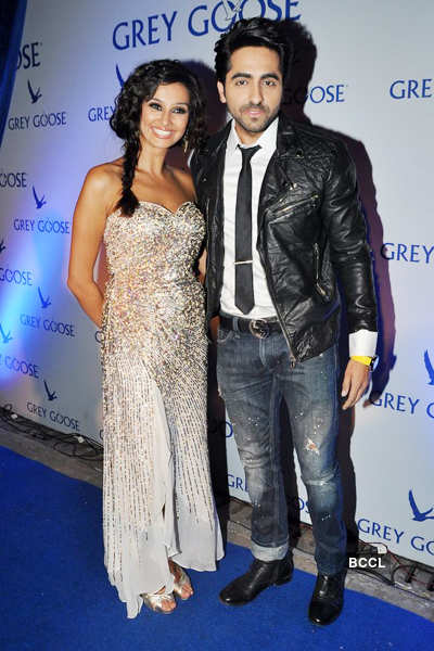 Hot celebs at fashion event