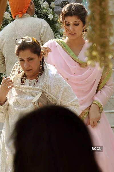 Akshay at sister's wedding