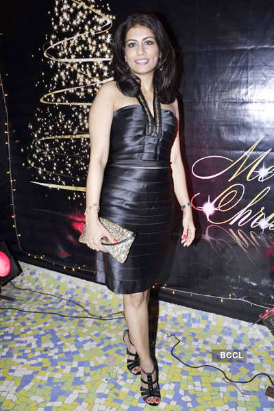Celebs @ Raell's christmas party