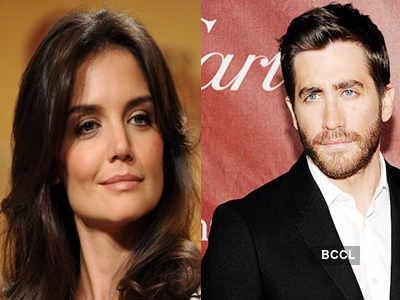 Holmes secretly dating Gyllenhaal?
