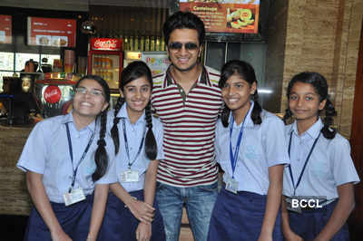 Riteish hosts spl. screening of 'B.P.'!