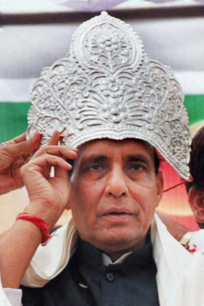 Gadkari out; Rajnath back as BJP chief