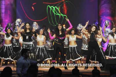 Mirchi Awards' 13 - Mirchi Performances
