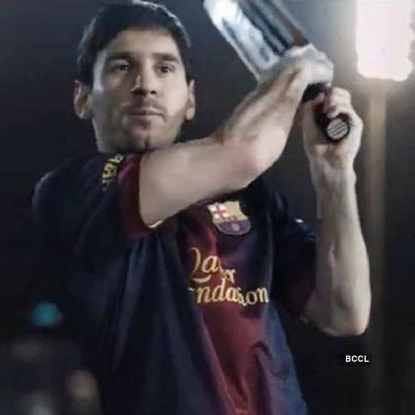 Messi flaunts cricket skills