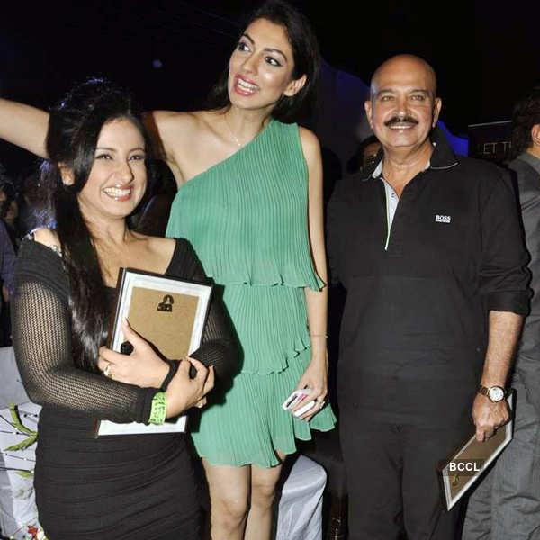 Celebs attend Savvy magazine's party