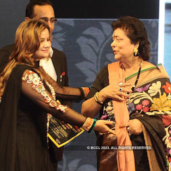 Shakshsiyat Award 2013