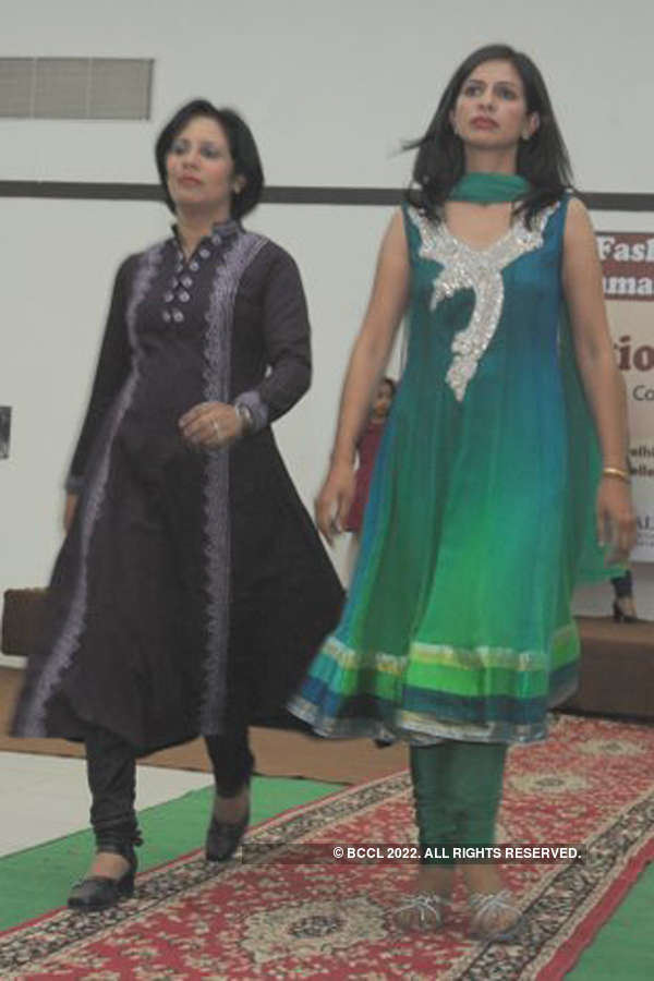 Tihar fashion show
