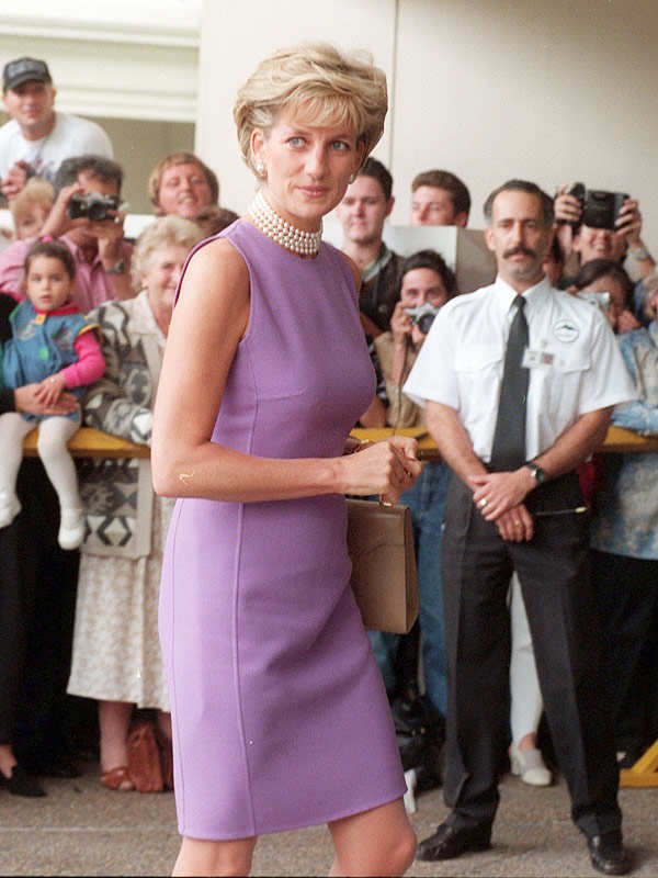 Princess Dianas dresses to be auctioned