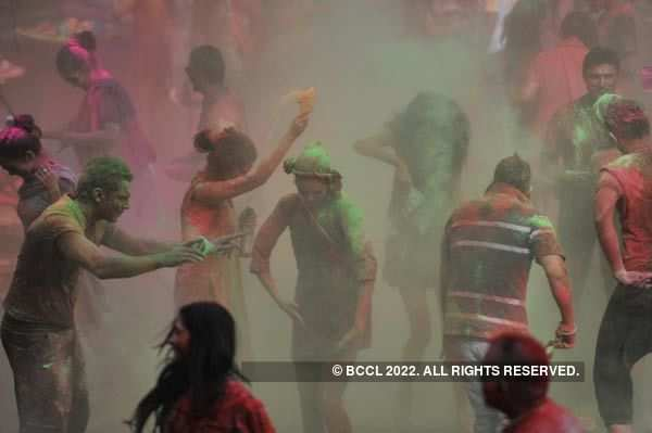 Best of Vineet Jain's Holi