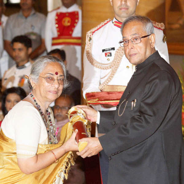 Celebs Honoured: Padma Awards