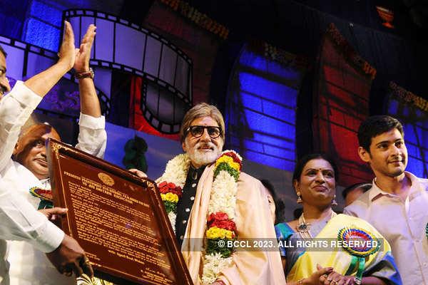Big B felicitated at Nandi Awards