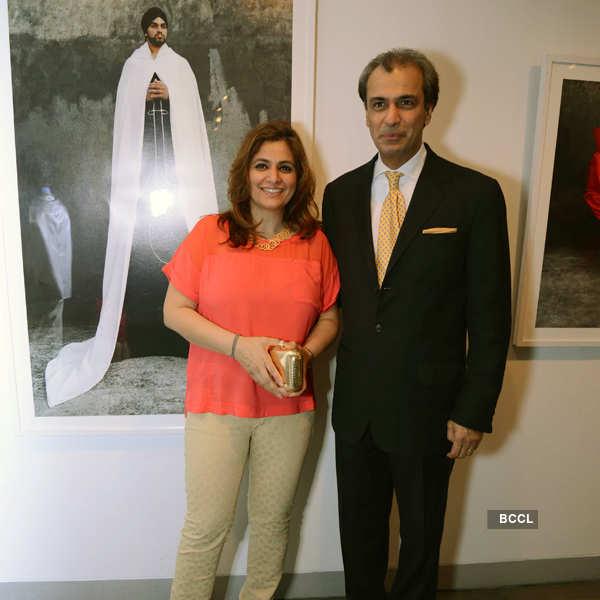 Celebs @ photo exhibition