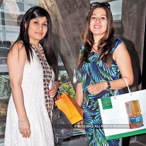Sona Chatwani's b'day party
