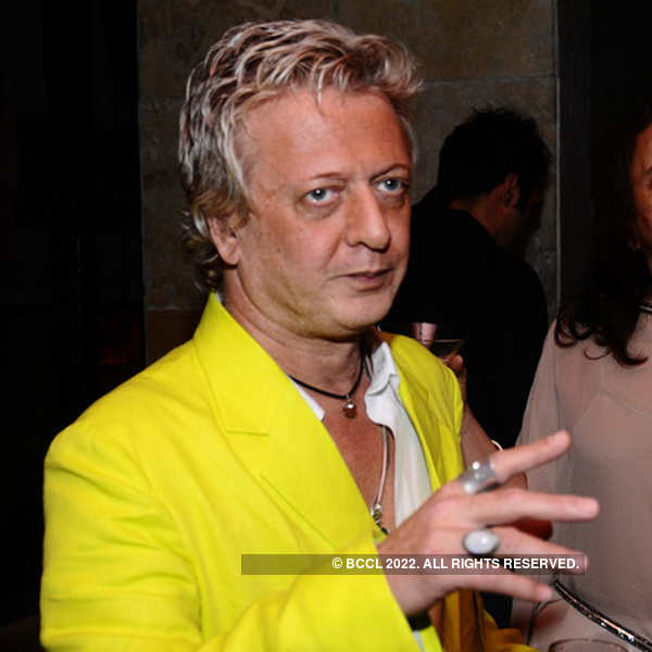 Rohit Bal's dinner party