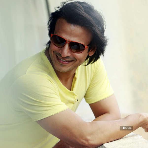 50 Handsome Hunks:100 years of Indian Cinema
