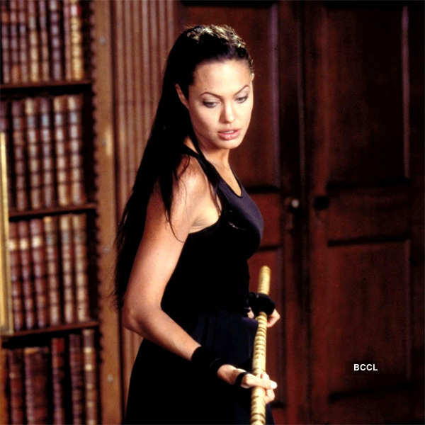 Angelina Jolie In A Still From The Film Lara Croft Tomb Raider The Cradle Of Life
