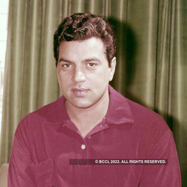Dharmendra's TOI Archives - 100 Years of Indian Cinema