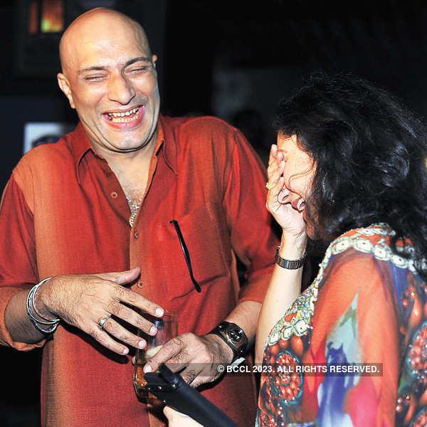 TV actor Ashiesh Roy's b'day bash