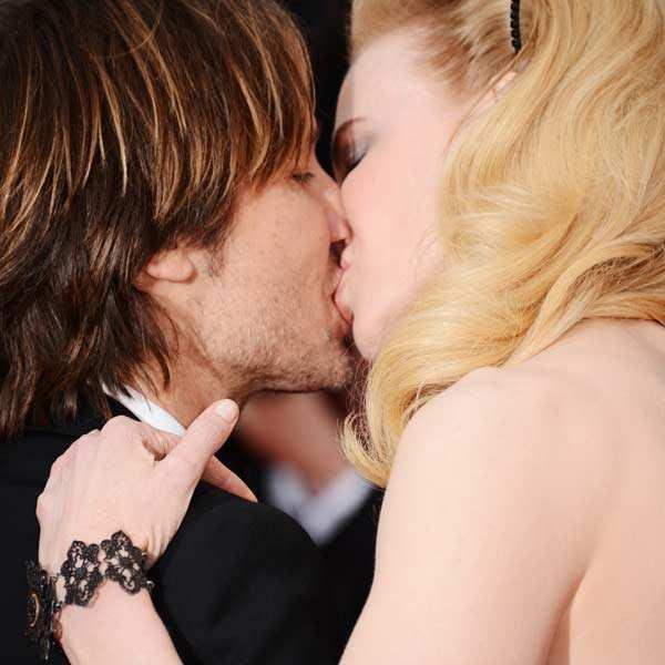 Hottest celebrity lip-locks!