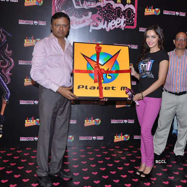 Shazahn promotes Monster High