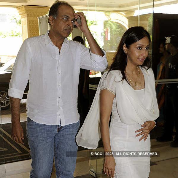 Priyanka's father's prayer meet