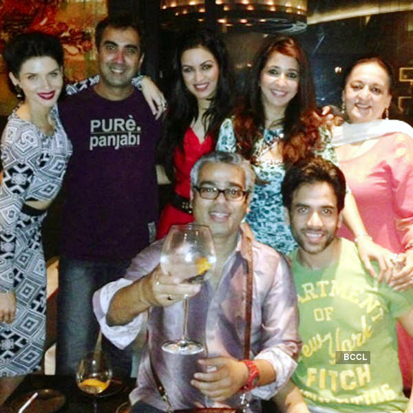 Bajatey Raho: Wrap-Up party