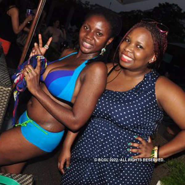 Pool side party @ Pullman Hotel