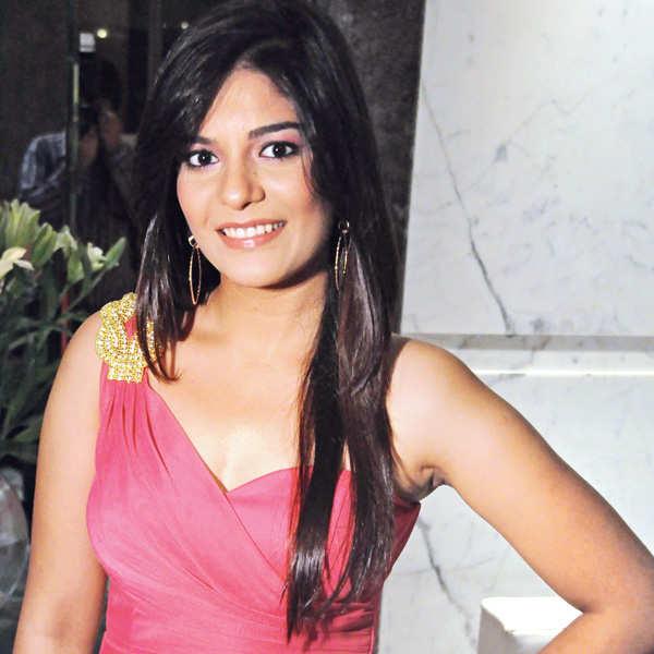 Pooja Gor turns a year older