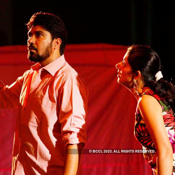 Play: Abhisarika